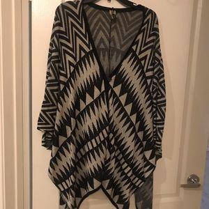 Aztec print poncho/shawl - plus size